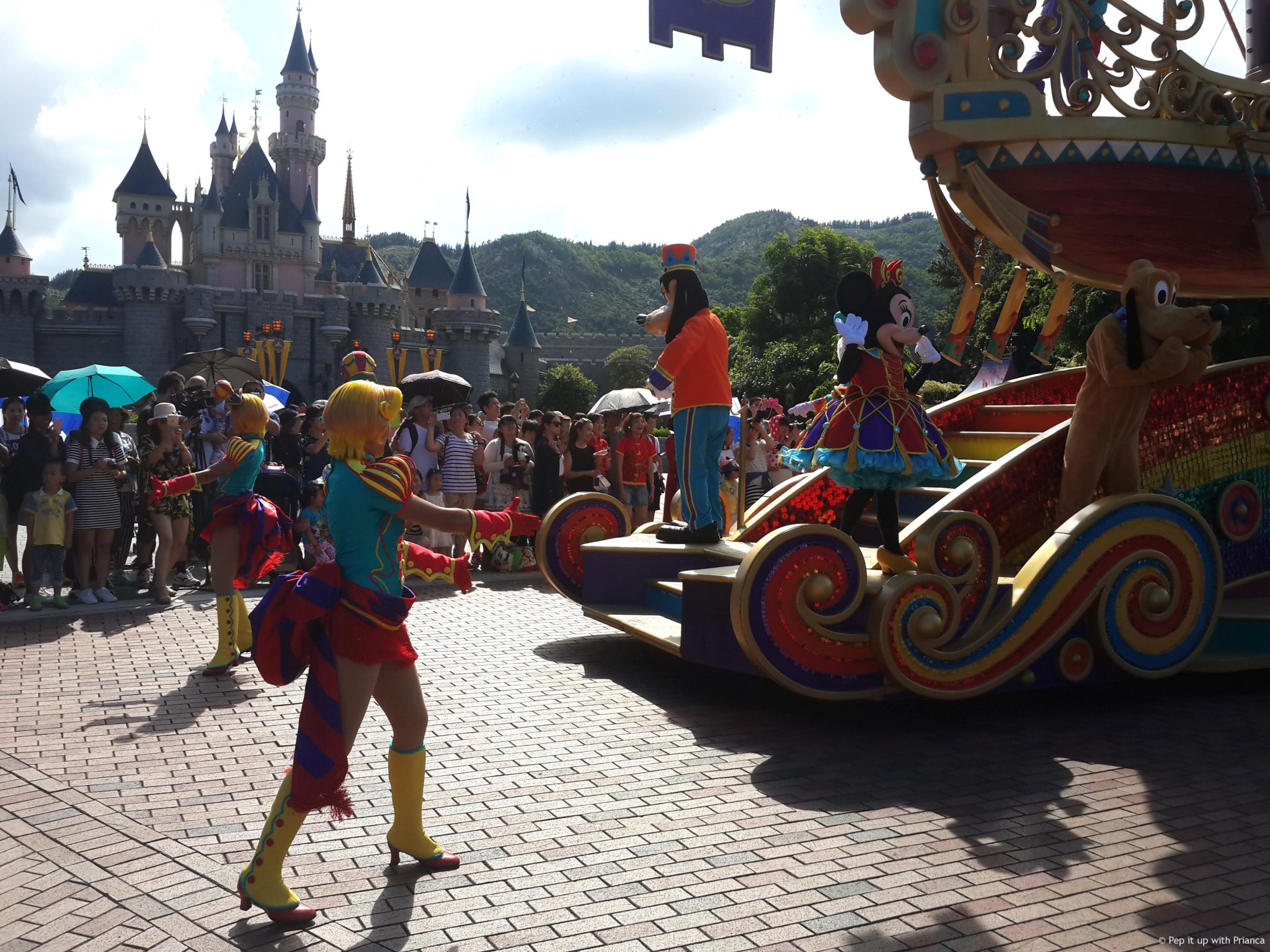 Adventures In Hong Kong Disneyland Park The Happiest Place On