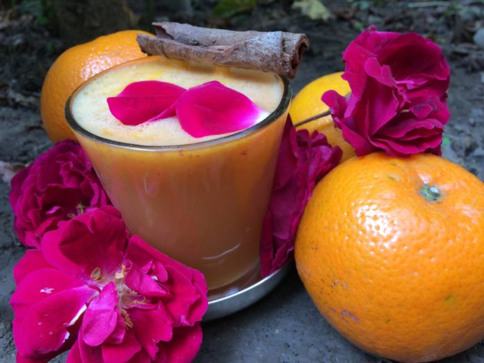 Fresh Healthy orange cinamon juice